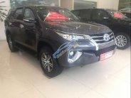 Cần bán Toyota Fortuner V 4x2 năm 2017, màu đen, nhập khẩu giá 1 tỷ 175 tr tại Hà Nội