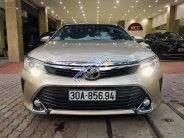 Cần bán Toyota Camry 2.5Q 2015, màu vàng cát, biển Hà Nội giá 1 tỷ 70 tr tại Hà Nội