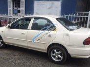 Bán xe Mazda 323 sản xuất năm 2000, màu trắng chính chủ, giá 11tr giá 11 triệu tại Tp.HCM