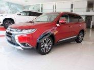 Bán ô tô Mitsubishi Outlander đời 2018, màu đỏ giá 808 triệu tại Quảng Ngãi
