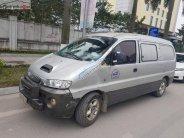 Cần bán Hyundai Starex Van 2.5 MT năm 2002, màu bạc, xe chạy dầu giá 90 triệu tại Hà Nội
