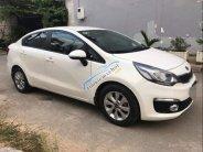 Gia đình tôi cần bán xe Kia Rio màu trắng, sản xuất 2016, số tự động, đi 15 000km giá 440 triệu tại Tp.HCM