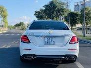 Cần bán Mercedes-Benz E300 class, đăng ký lần đầu 2017, màu trắng nhập từ Nhật giá 2 tỷ 639 tr tại Tp.HCM