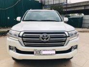 Toyota Land Cruise 4.6 VX, màu trắng, model và đắng ký 2017, biển Hà Nội, giá cực tốt. LH: 0906223838 giá 3 tỷ 790 tr tại Hà Nội