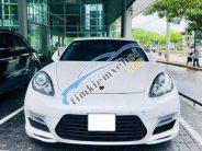 Cần bán xe Porsche Panamera 4.8 AT sản xuất 2010, màu trắng giá 1 tỷ 950 tr tại Hà Nội