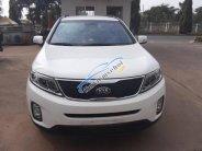 Cần bán Kia Sorento sản xuất năm 2016, màu trắng giá 715 triệu tại Hà Nội