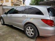Cần bán lại xe Mercedes R350 năm sản xuất 2005, màu bạc, nhập khẩu, 429 triệu giá 429 triệu tại Hà Nội