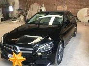 Bán xe Mercedes C200 2018 đk 2019 số tự động, màu đen, NT kem giá 1 tỷ 450 tr tại Tp.HCM