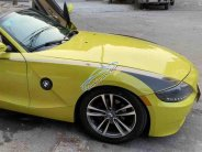 Cần bán BMW Z4 2003 ĐK 2008, số tự động, màu vàng, mui trần, 2 chỗ giá 686 triệu tại Tp.HCM