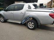 Cần bán gấp Mitsubishi Triton sản xuất năm 2009, màu bạc, nhập khẩu nguyên chiếc xe gia đình, giá chỉ 298 triệu giá 298 triệu tại Vĩnh Phúc