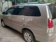 Cần bán Toyota Innova G 2011, màu bạc giá 490 triệu tại Sơn La