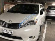 Bán Toyota Sienna sản xuất năm 2013, màu trắng, nhập khẩu nguyên chiếc, xe đẹp giá 2 tỷ 200 tr tại Tp.HCM