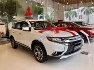 Bán xe Mitsubishi Outlander đời 2019, màu trắng  giá 808 triệu tại Hà Nội