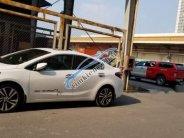 Bán gấp Kia Cerato 2.0 2017, màu trắng, xe gia đình giá 610 triệu tại Lào Cai