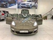 Cần bán gấp Porsche Panamera năm 2011, màu vàng nhập khẩu giá 1 tỷ 680 tr tại Tp.HCM