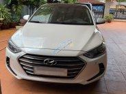 Bán ô tô Hyundai Elantra 2.0AT sản xuất 2017, màu trắng, đi ít, giá 595 triệu giá 595 triệu tại Bình Dương