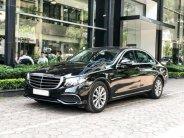 Bán gấp Mercedes E200 2019 cũ màu đen, chính chủ chạy lướt giá 1 tỷ 929 tr tại Hà Nội