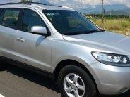 Cần bán xe Hyundai Santafe 2009 số sàn, màu bạc, cực mới giá 387 triệu tại Tp.HCM