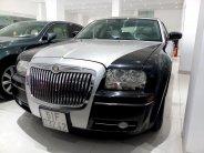 Xe sang Chrysler 300C sản xuất 2006, màu đen, nhập khẩu, giá chỉ 580tr giá 580 triệu tại Tp.HCM
