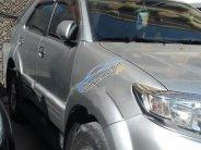 Bán Toyota Fortuner AT năm sản xuất 2013, màu bạc chính chủ giá 700 triệu tại Hà Nội