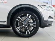 Bán Volvo V90 Cross County T6 AWD đời 2019, màu trắng, nhập khẩu giá 3 tỷ 90 tr tại Hà Nội