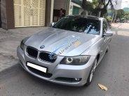 Gia đình cần bán BMW 320i đời 2009, số tự động, màu bạc giá 446 triệu tại Tp.HCM