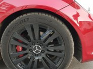Cần bán Mercedes đời 2011, màu đỏ giá 589 triệu tại Hà Nội