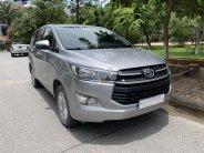 Cần bán lại xe Toyota Innova E 2018, màu xám giá cạnh tranh giá 690 triệu tại Bắc Ninh
