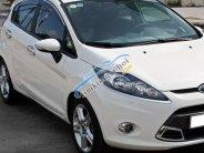 Gia đình cần bán Ford Fiesta 2011 Hatchback, số tự động, màu trắng giá 306 triệu tại Tp.HCM