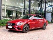 Cần bán gấp Mercedes C200 2019 màu đỏ chạy lướt giá cực tốt giá 1 tỷ 380 tr tại Hà Nội