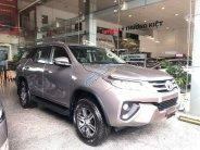 Cần bán Toyota Fortuner đời 2019, màu xám giá 998 triệu tại Tp.HCM