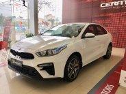 Bán Kia Cerato 1.6 MT đời 2018, màu trắng giá 530 triệu tại Hà Nội