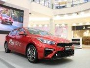 Bán xe Kia Cerato 2.0 Premium màu đỏ, giá tốt, ưu đãi hấp dẫn, hỗ trợ ngân hàng giá 675 triệu tại Tp.HCM