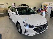 Bán Hyundai Elantra 1.6AT trắng+ Tặng ngay bảo hiểm vật chất+ Hỗ trợ góp 100% giá 630 triệu tại Tp.HCM