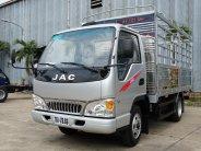 Giá xe tải JAC 2t4 thùng bạt dài 4m4, CN ISUZU, hỗ trợ trả góp 80% giá 90 triệu tại Tp.HCM