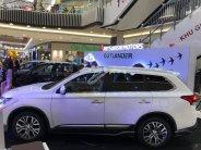 Bán xe Mitsubishi Outlander đời 2019, màu trắng giá cạnh tranh giá 908 triệu tại Tp.HCM