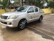 Cần bán gấp Toyota Hilux đời 2012, màu bạc, nhập khẩu nguyên chiếc, chính chủ giá 358 triệu tại Đắk Lắk
