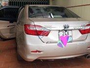 Cần bán lại xe Toyota Camry sản xuất 2013, số tự động ,giá cạnh tranh giá 680 triệu tại Lào Cai