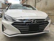 Bán Hyundai Elantra 2.0 AT sản xuất năm 2019, màu trắng  giá 689 triệu tại Tp.HCM