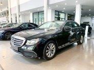 Cần bán xe Mercedes E200 2018, màu đen giá 1 tỷ 899 tr tại Hà Nội