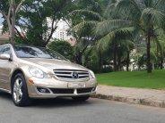 Bán Mercedes R500 đời 2007, màu vàng giá 680 triệu tại Tp.HCM