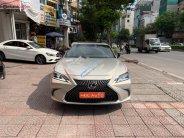Cần bán lại xe Lexus ES 250 sản xuất năm 2019, xe nhập giá 2 tỷ 495 tr tại Hà Nội
