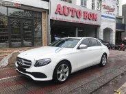 Cần bán xe Mercedes E250 đời 2017, màu trắng giá 1 tỷ 950 tr tại Hà Nội