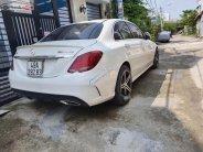 Cần bán Mercedes C300 AMG năm 2019, màu trắng xe còn nguyên bản giá 1 tỷ 400 tr tại Tp.HCM