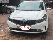Cần bán Kia Cerato 1.6 AT đời 2016, màu trắng chính chủ, giá tốt giá 555 triệu tại Hà Nội