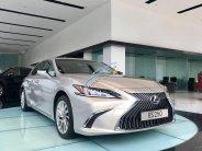 Bán xe sang - Giá ưu đãi với chiếc Lexus ES250, sản xuất 2020, xe nhập khẩu, giao nhanh giá 2 tỷ 540 tr tại Hà Nội