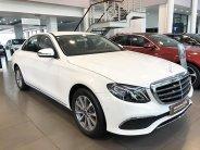 Cần bán gấp Mercedes sản xuất 2019, màu trắng giá 2 tỷ 79 tr tại Hà Nội