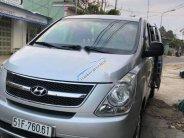 Bán Hyundai Grand Starex năm 2010, màu bạc giá 500 triệu tại Đắk Lắk