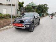 Cần bán xe Ford Everest 2.0 đời 2018, màu đen còn mới giá 1 tỷ 190 tr tại Nghệ An