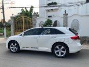 Bán Toyota Venza 3.5 AWD năm 2010, màu trắng, nhập khẩu   giá 695 triệu tại Tp.HCM